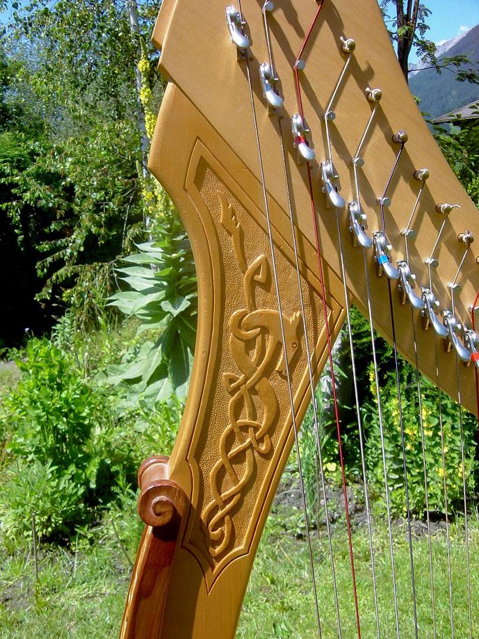Harfe Handgeschnitztes Original TARA-Ornament